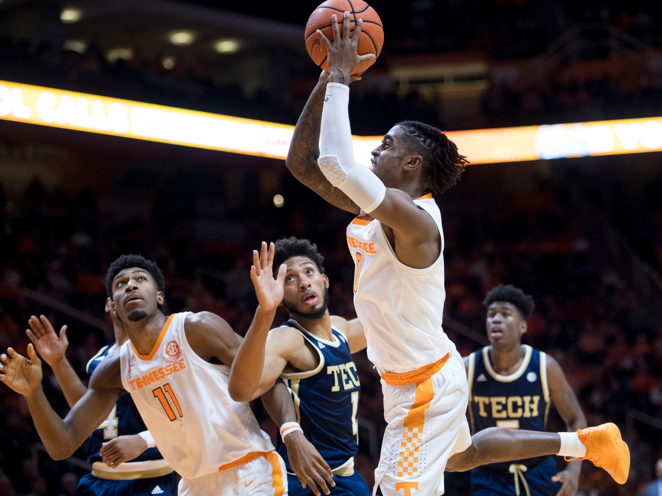 Tennessee's Jordan Bone (0) take a shot at the basket during the game against Georgia Tech on Wednesday, November 14, 2018.