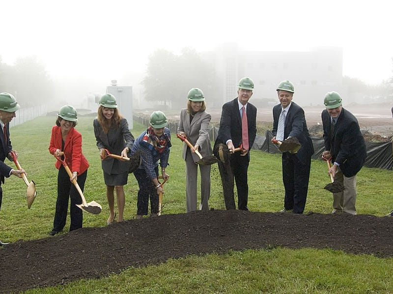 Participating in the September 2006 groundbreaking for Pellissippi State Technical Community College's Bagwell Center for Media and Art are, from left, Frank Barnett, Board Member, Tennessee Board of Regents, and owner of Barnett Realty; Susan Packard, President, International Development, Scripps Networks; Dr. Margaret Ann Jeffries, Department Head, Engineering and Media Technologies, Pellissippi State; Phyllis Driver, Chair, Pellissippi State Foundation Board of Trustees and Associate Professor of Accounting, Carson Newman College; Dee Bagwell Haslam, CEO, RIVR Media; Dr. Allen Edwards, President, Pellissippi State; Knoxville Mayor Bill Haslam; Dr. William Kouns, President, Jewelry Television; and state Sen. Ben Atchley.