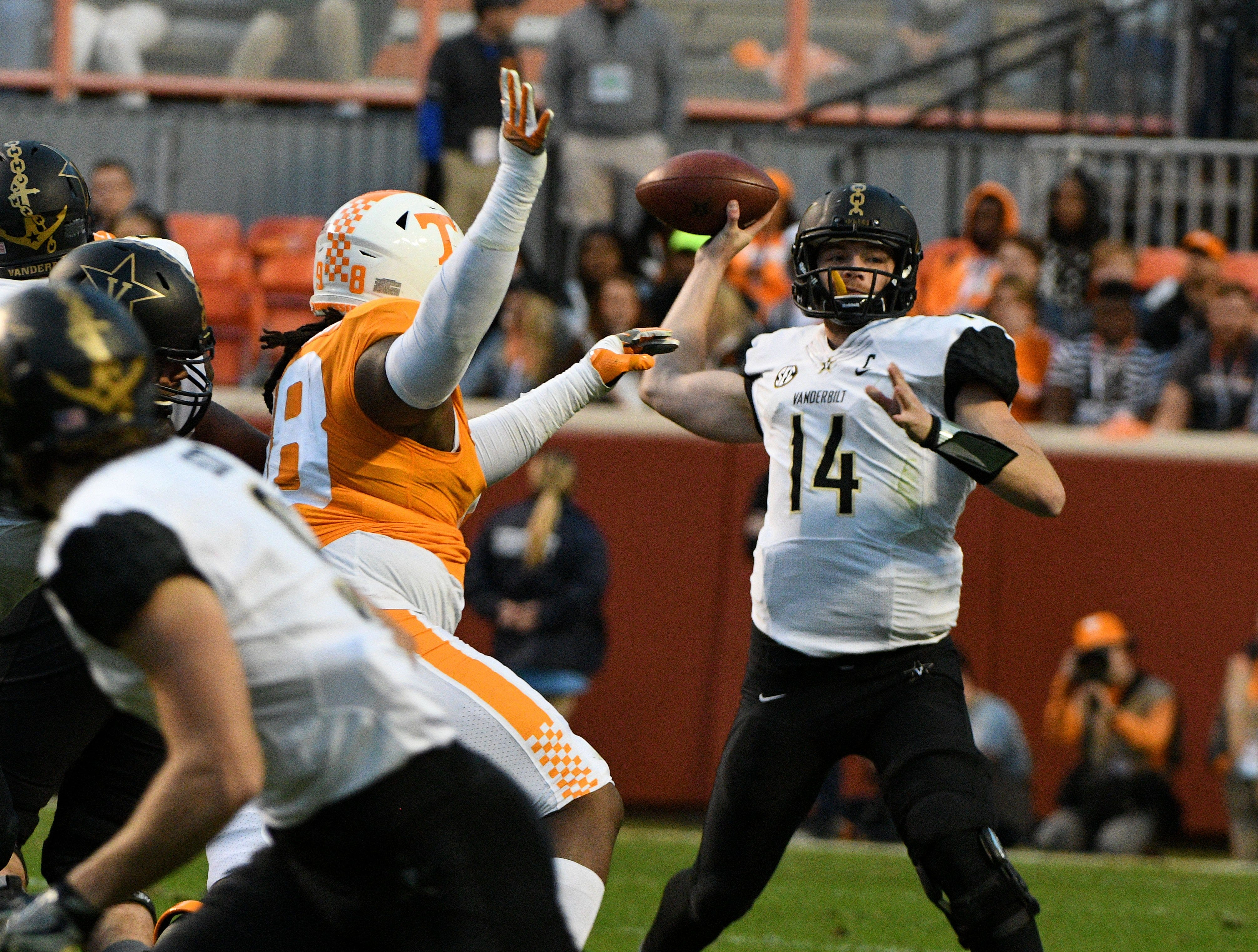UT Vols vs Vanderbilt football rivalry may not have a name but it does have significance