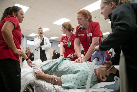 Louisville School Of Nursing students