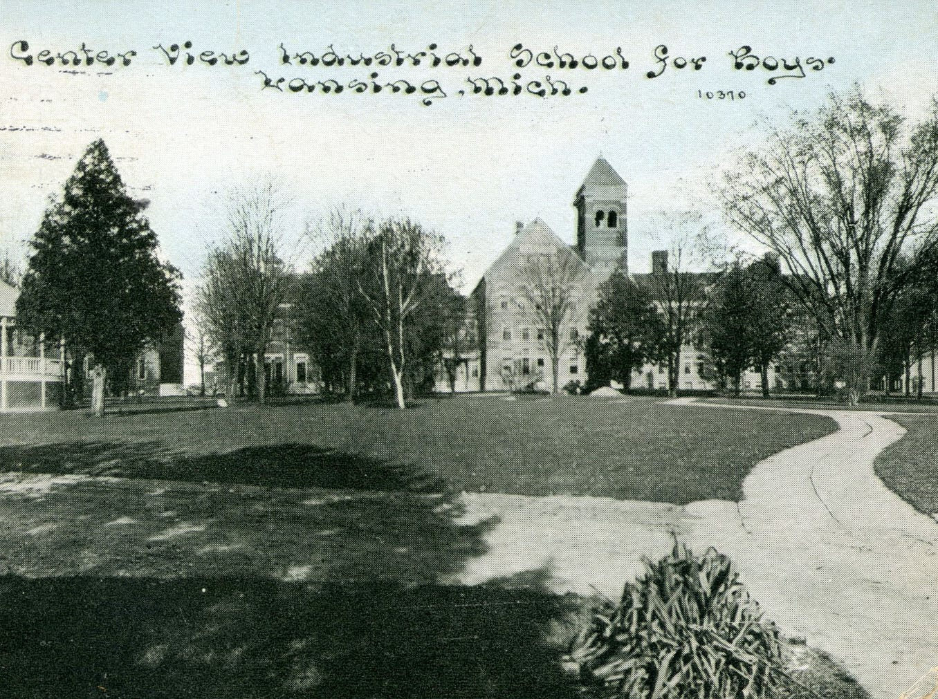 Campus of the Industrial School for Boys in Lansing in 1915.