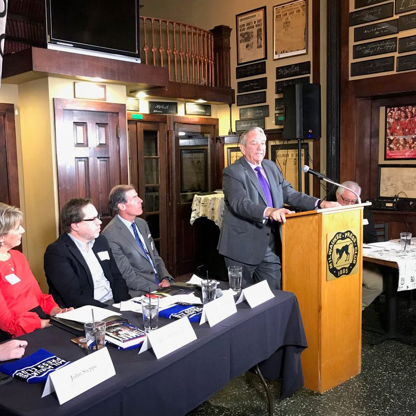 Former Wisconsin Gov. Tommy Thompson addresses the Milwaukee Press Club on Wednesday, Nov. 14, 2018.