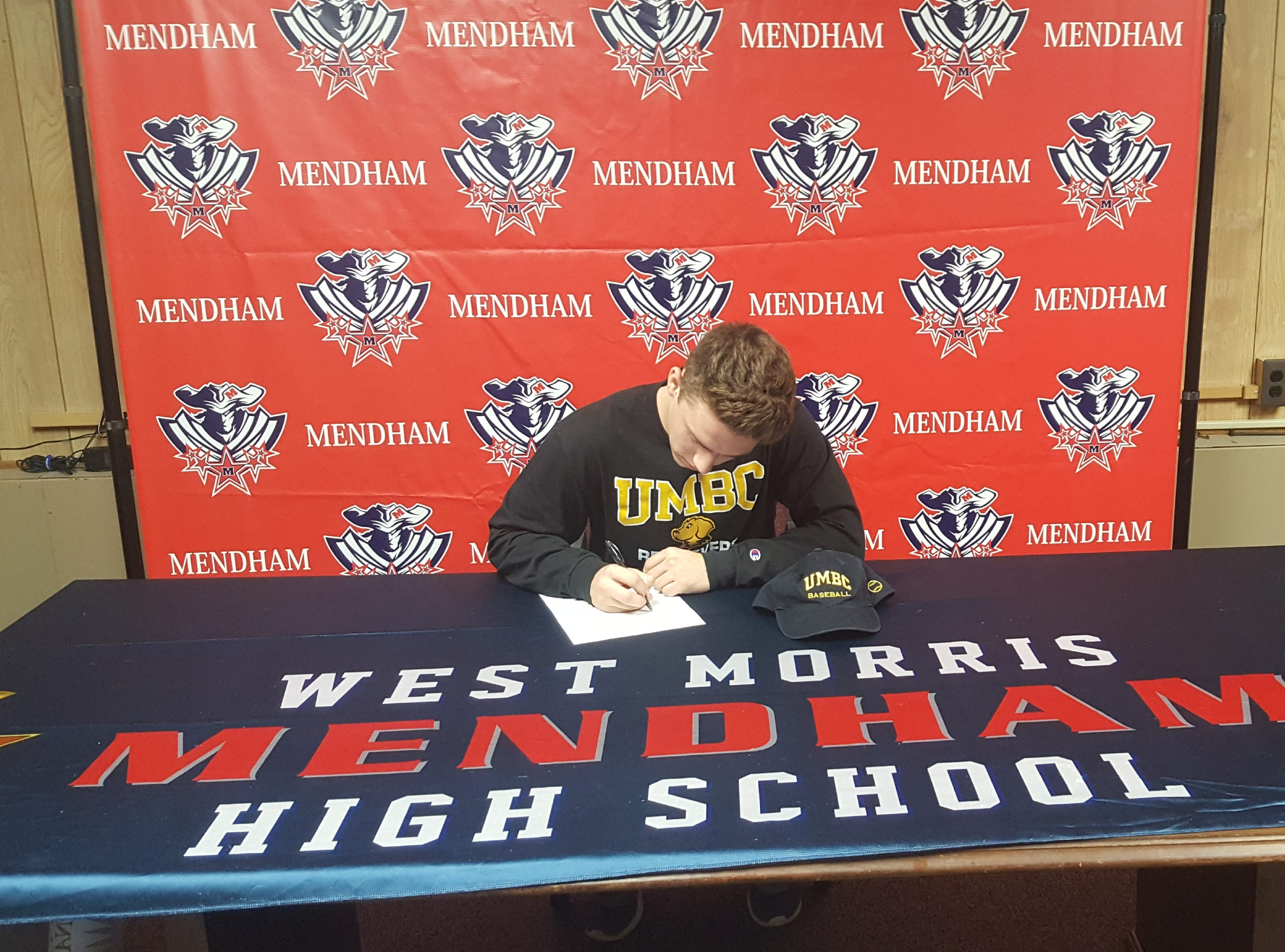 Mendham senior Michael Cilio signed a National Letter of Intent with Maryland-Baltimore County baseball.