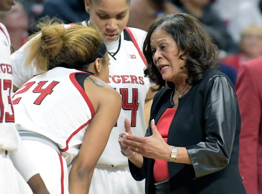 Rutgers head coach C. Vivian Stringer talks to Rutgers guard Arella Guirantes (24) during an NCAA college basketball game against Central Connecticut.