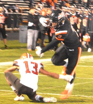 Hasbrouck Heights senior Jasiah Purdie breaking free against Weequahic in the North 2, Group 1 state sectional semifinal game.