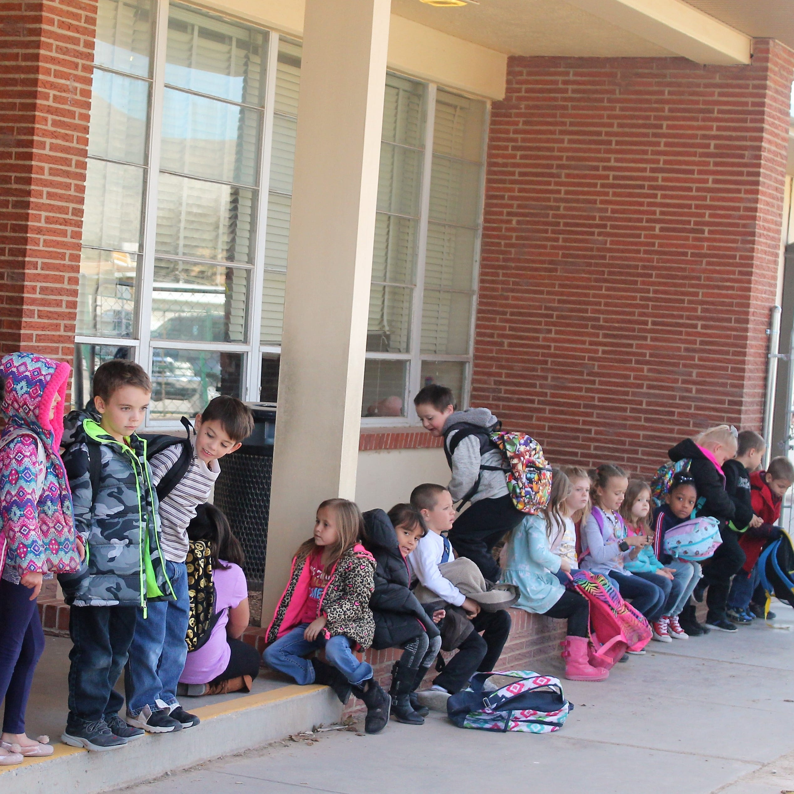 Water line breaks cause two Alamogordo schools to close early