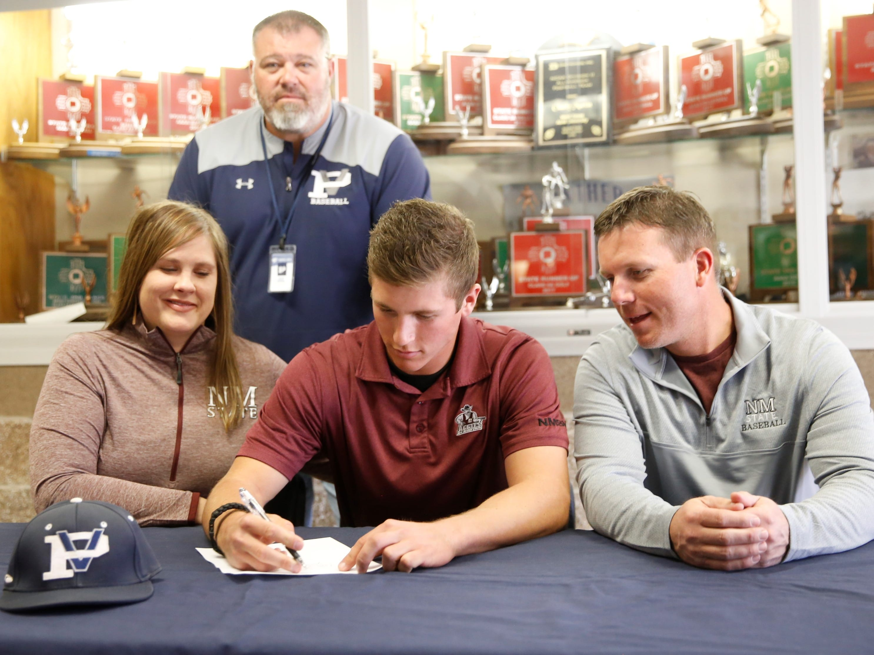 Piedra Vista pitcher signs with New Mexico State