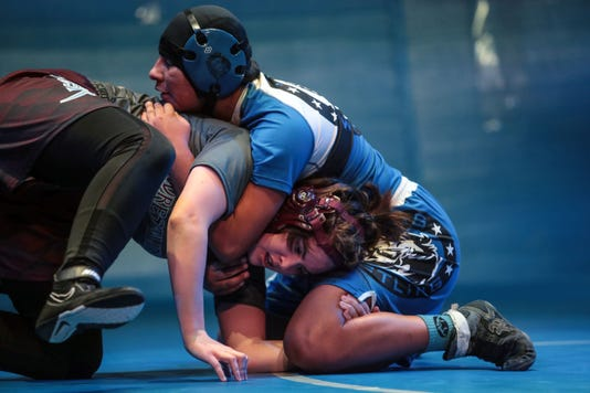 Cc Rm Girls Wrestling001