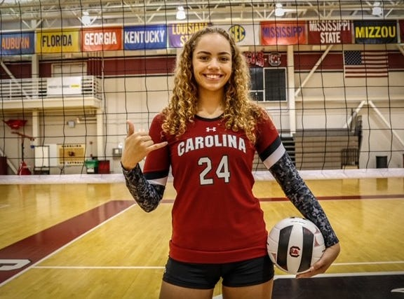 Kylee Stokes from Pinnacle signed to play volleyball for South Carolina on Nov. 14, 2018.