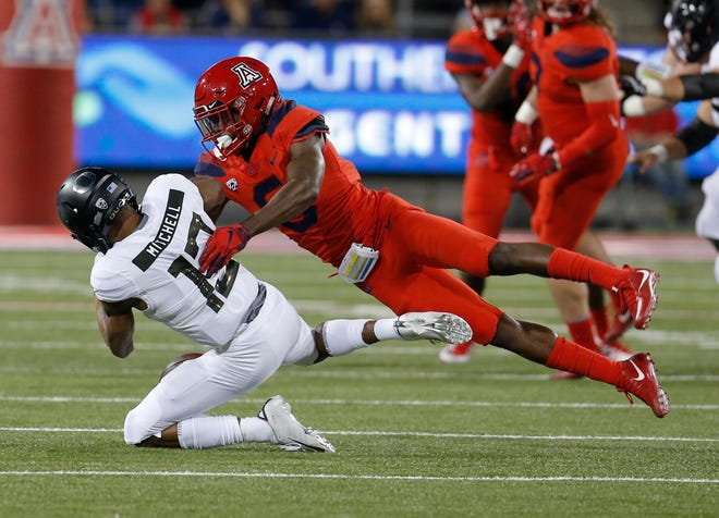 Arizona safety Demetrius Flannigan-Fowles (6)during an NCAA college football game against Oregon, Saturday, Oct. 27, 2018, in Tucson, Ariz.