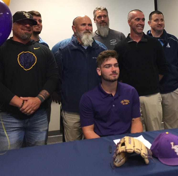 Updated: Airline's Travinski follows Todd Walker's lead to LSU