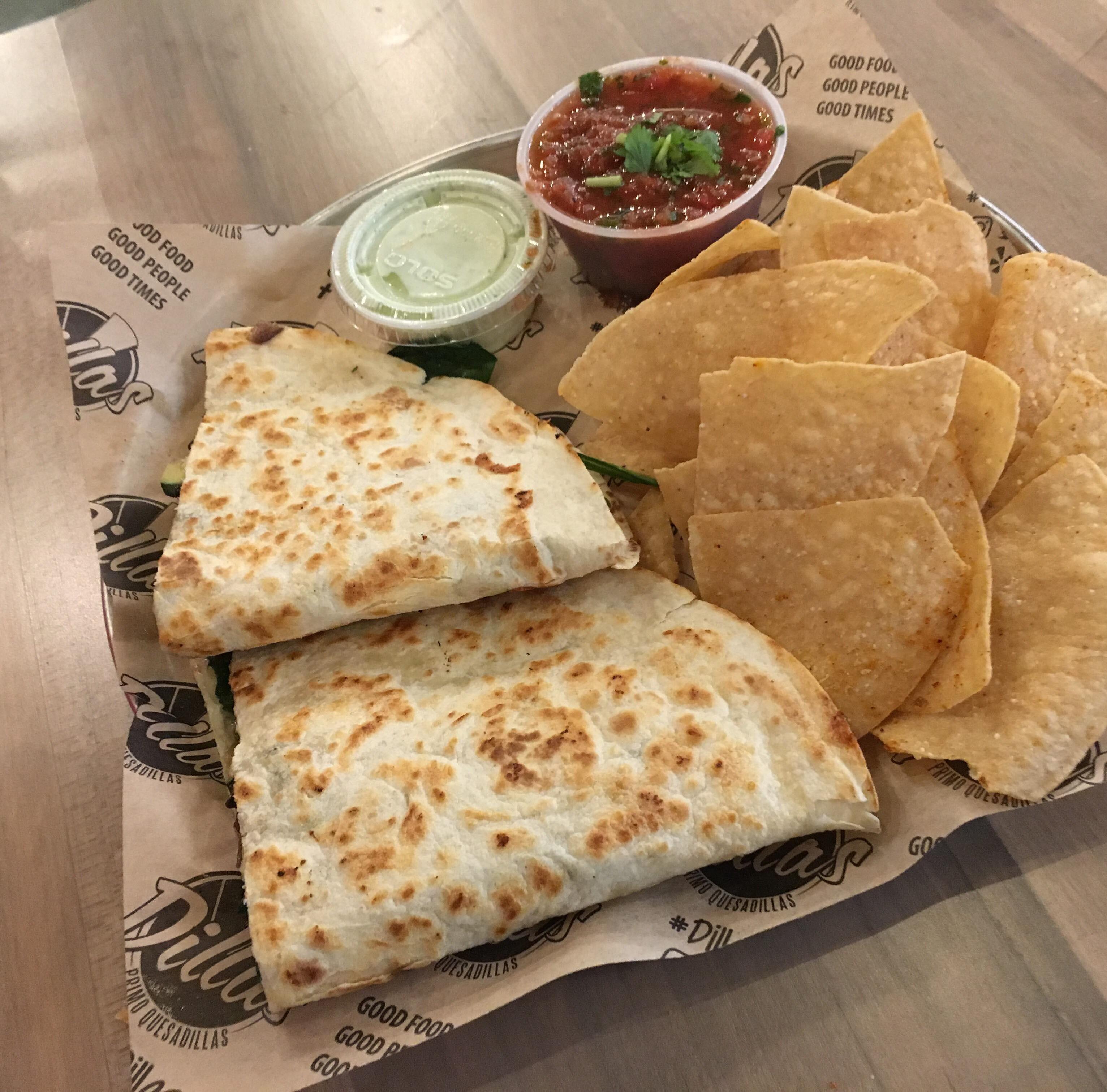 Texas-based quesadilla fast-food chain debuts in Shreveport
