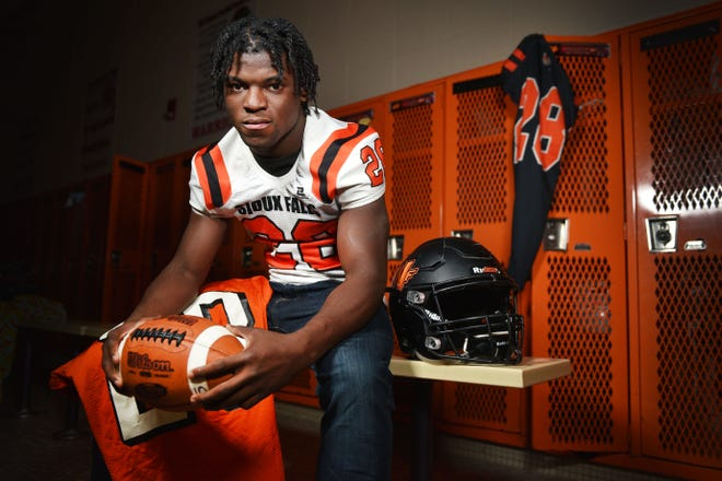 Elite 45 captain Washington running back Tupak Kpeayeh Wednesday, Nov. 14, at Washington High School.