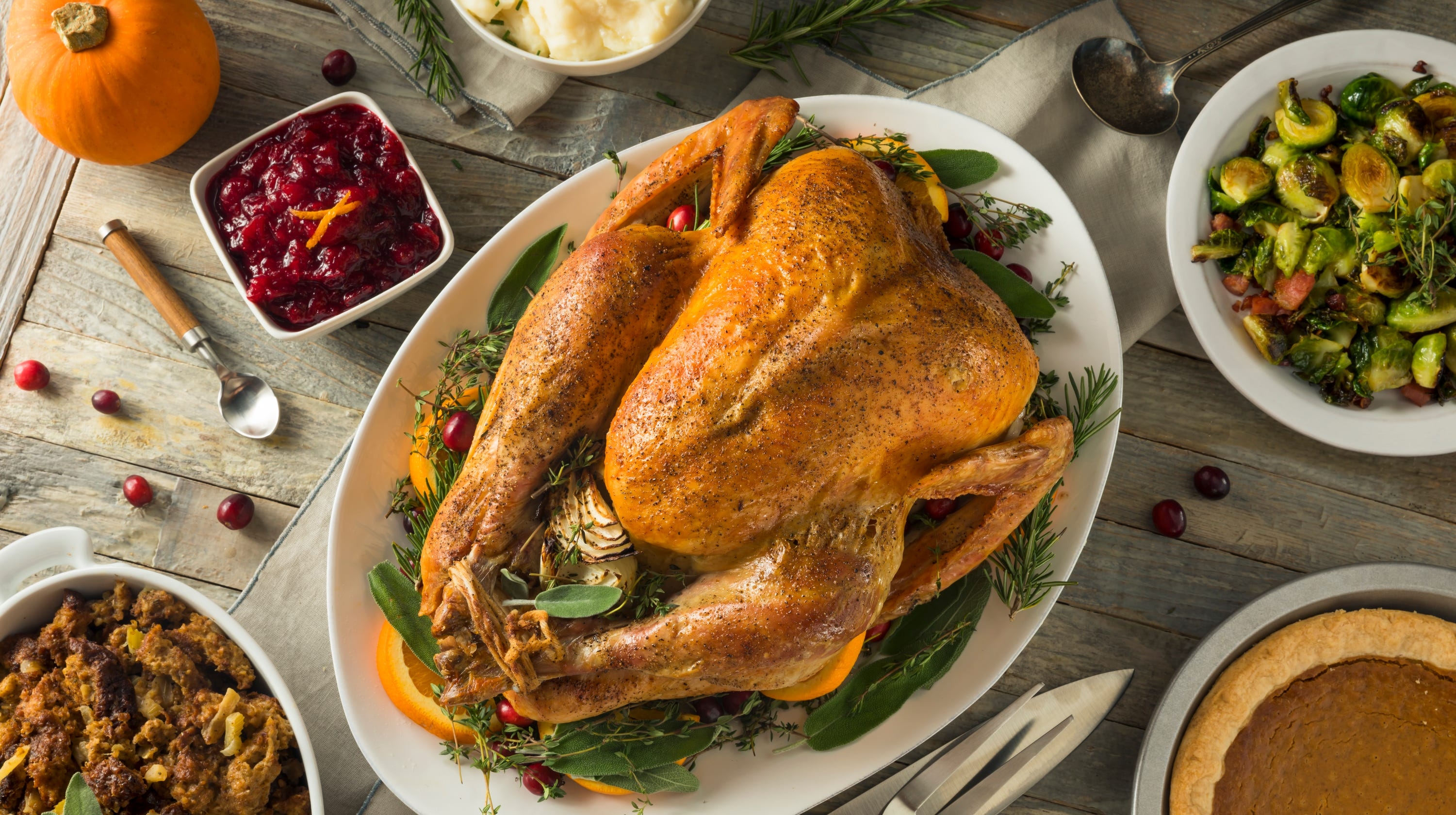 Average Thanksgiving dinner costs a bit less than last year