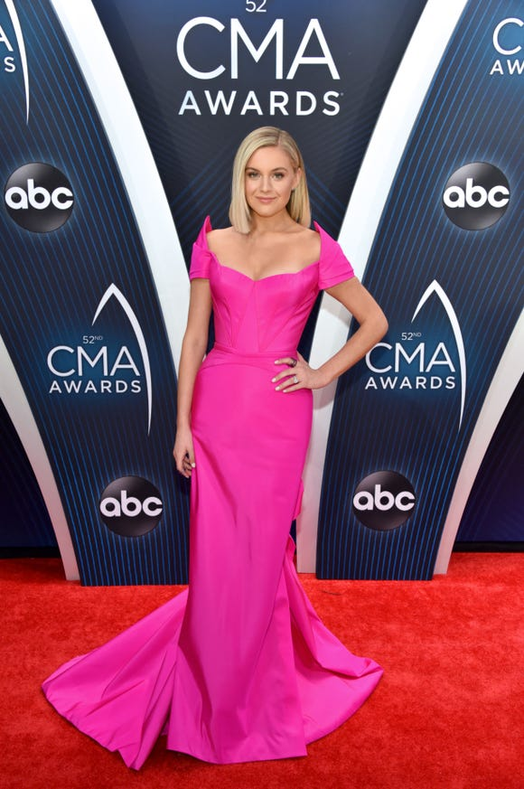 Kelsea Ballerini attends the 52nd annual CMA Awards at the Bridgestone Arena on November 14, 2018 in Nashville, Tennessee.