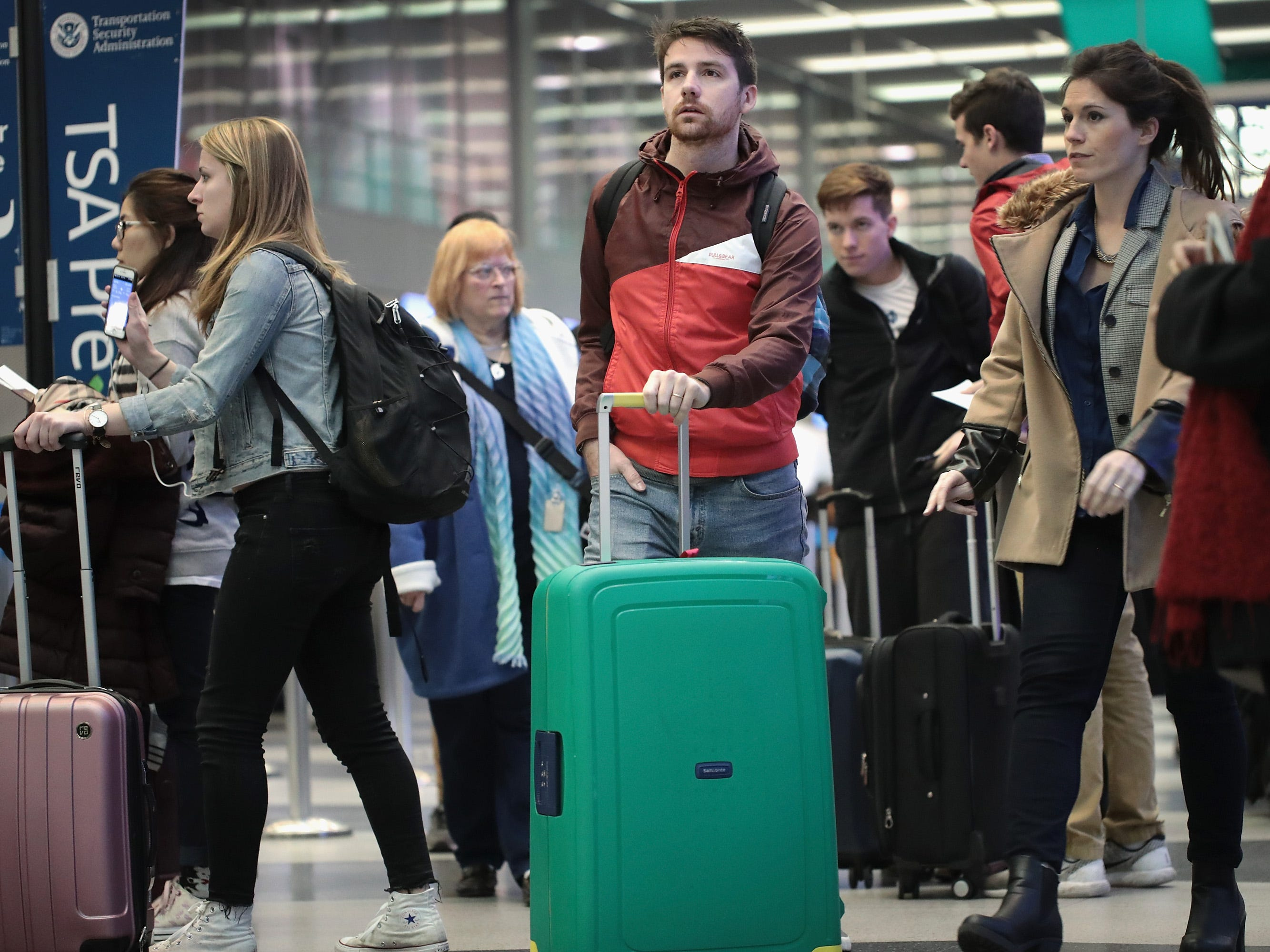 Growing consensus: Thanksgiving will be busiest ever for air travel