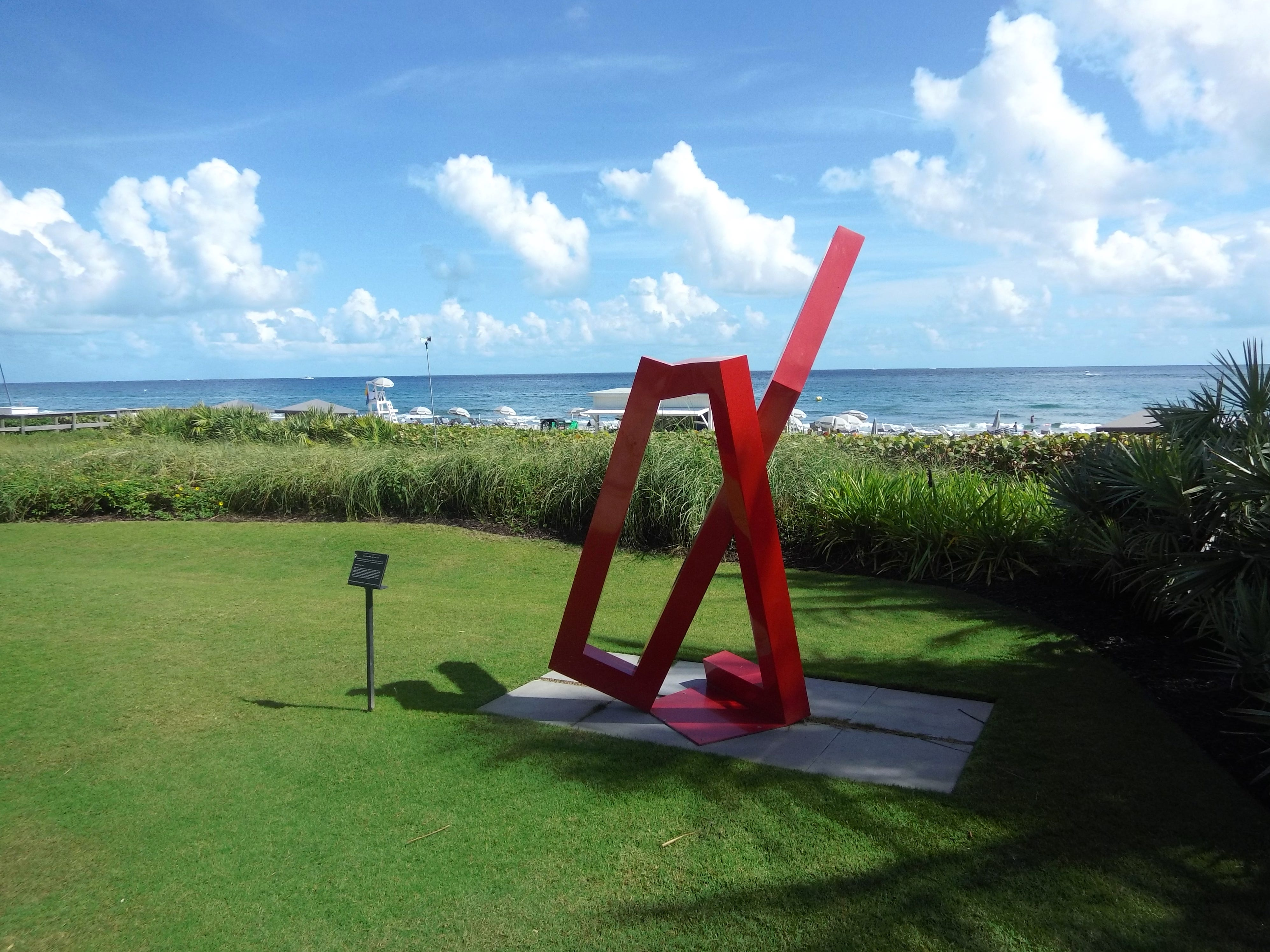 Another sculpture, curated by Sponder Gallery, with the backdrop of the Atlantic Ocean at Boca Beach Club.