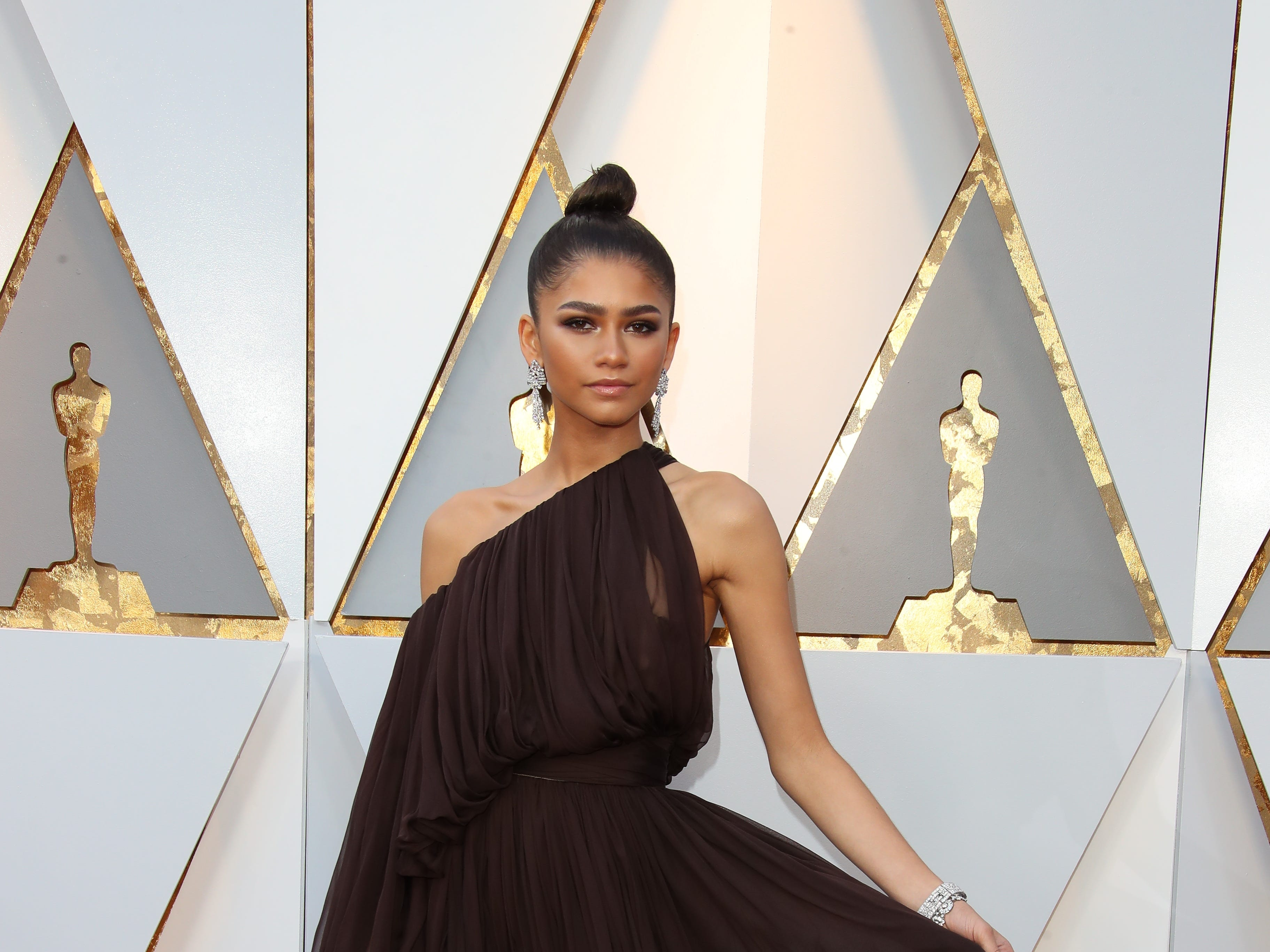 March 4, 2018; Hollywood, CA, USA; Zendaya arrives at the 90th Academy Awards at Dolby Theatre. Mandatory Credit: Dan MacMedan-USA TODAY NETWORK (Via OlyDrop)