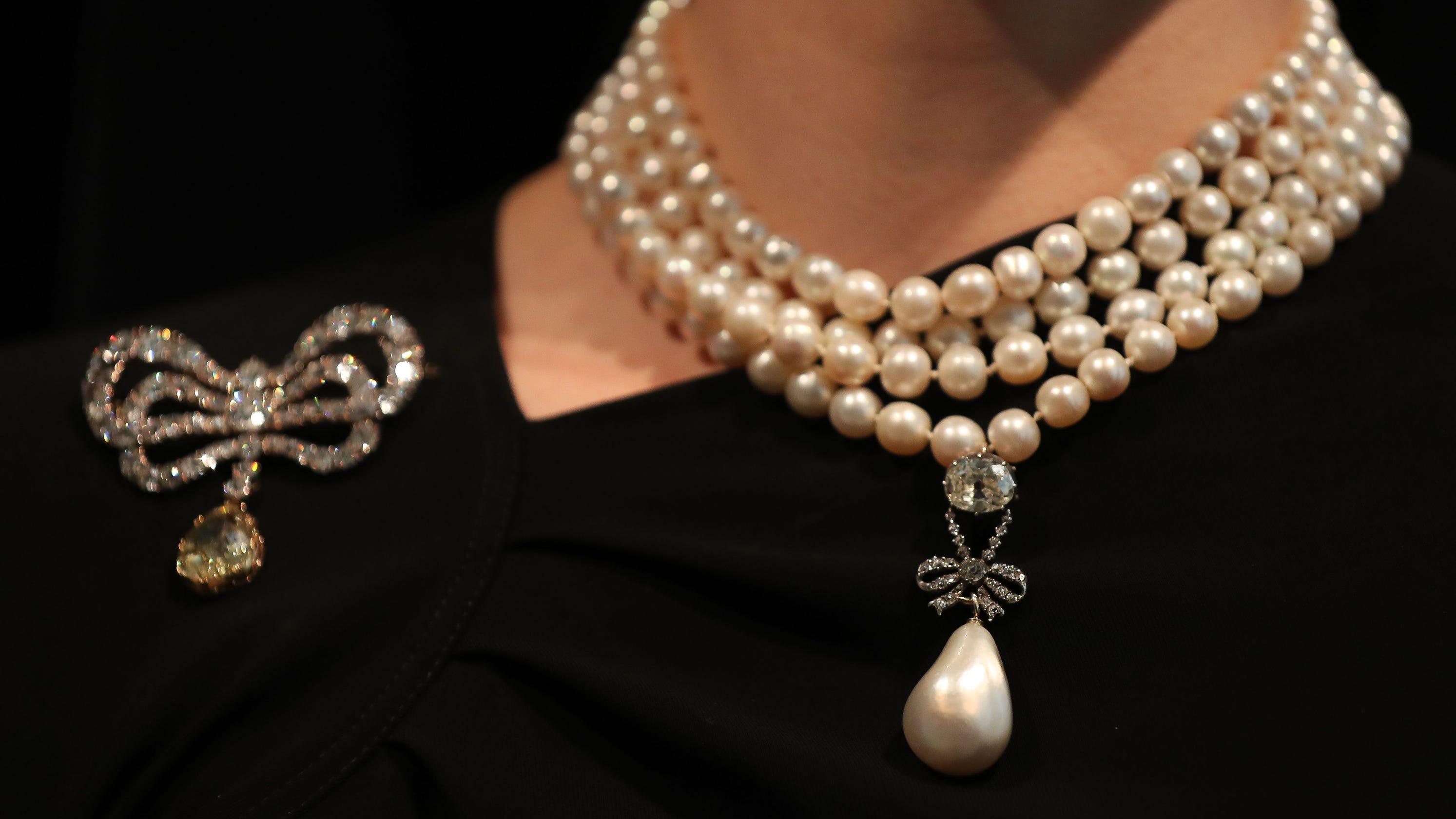Marie Antoinette Pearl Reaps Record 36 Million
