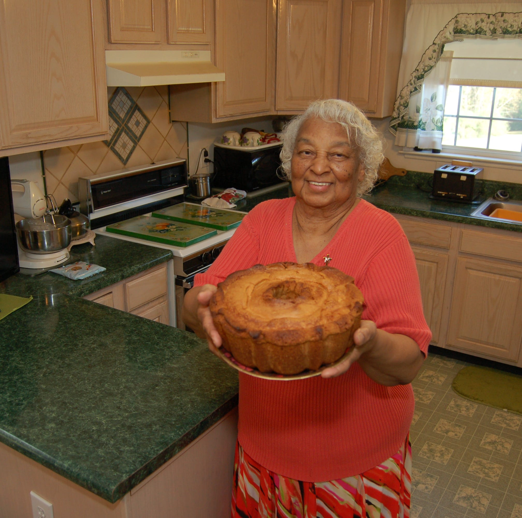 At 82, she's still baking pound cake for a good cause