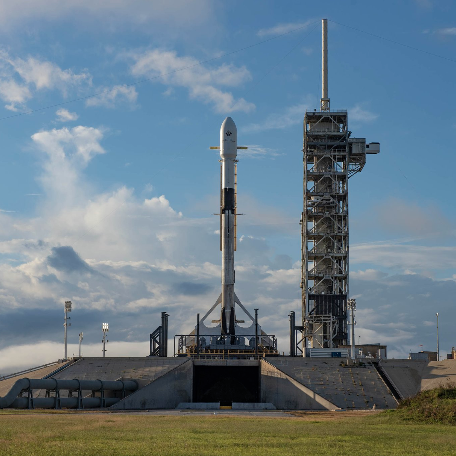 Updates: Watch SpaceX launch a Falcon 9 rocket from Kennedy Space Center