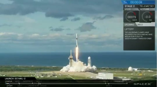 A SpaceX Falcon 9 rocket carrying Qatar's Es'hail-2 communications satellite blasted off from Kennedy Space Center's historic pad 39A at 3:46 p.m. Thursday, Nov. 15, 2018.