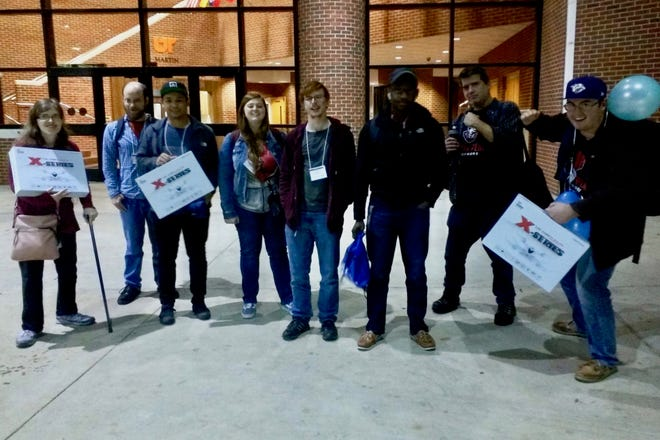 Three teams from Austin Peay traveled to the University of Tennessee at Martin on Nov. 3 to compete in the Mid-Central USA regional of the International Collegiate Programming Contest.