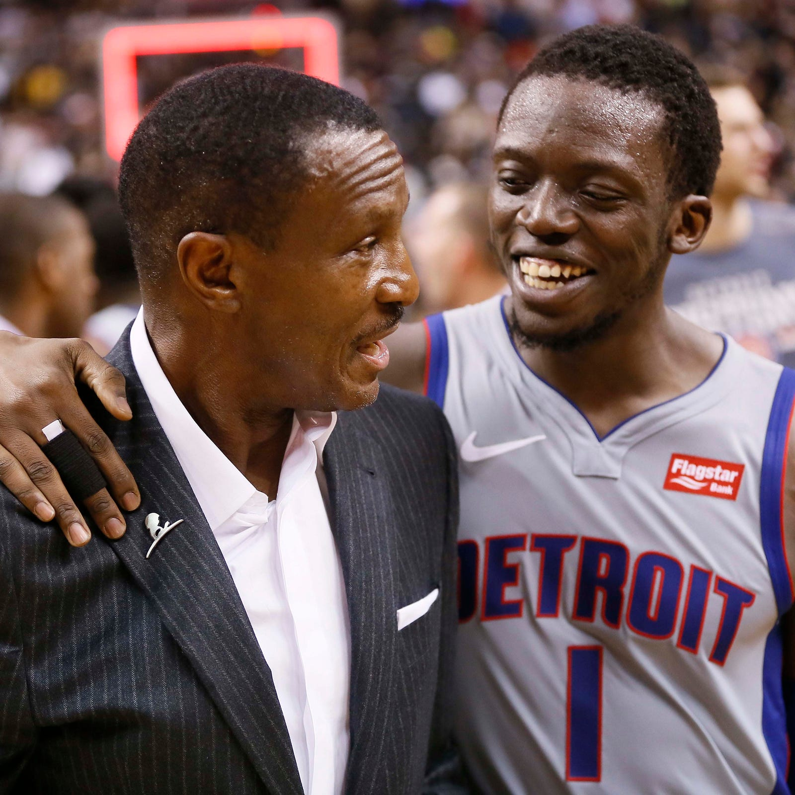 Detroit Pistons have coach's back in win: 'This was for (Dwane Casey)'
