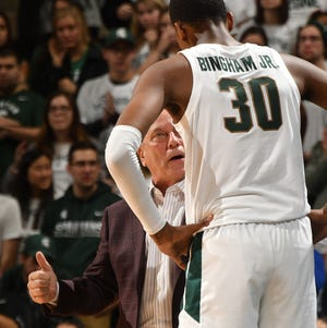 Tom Izzo gets the attention of freshman big man Marcus Bingham in the first half Wednesday.