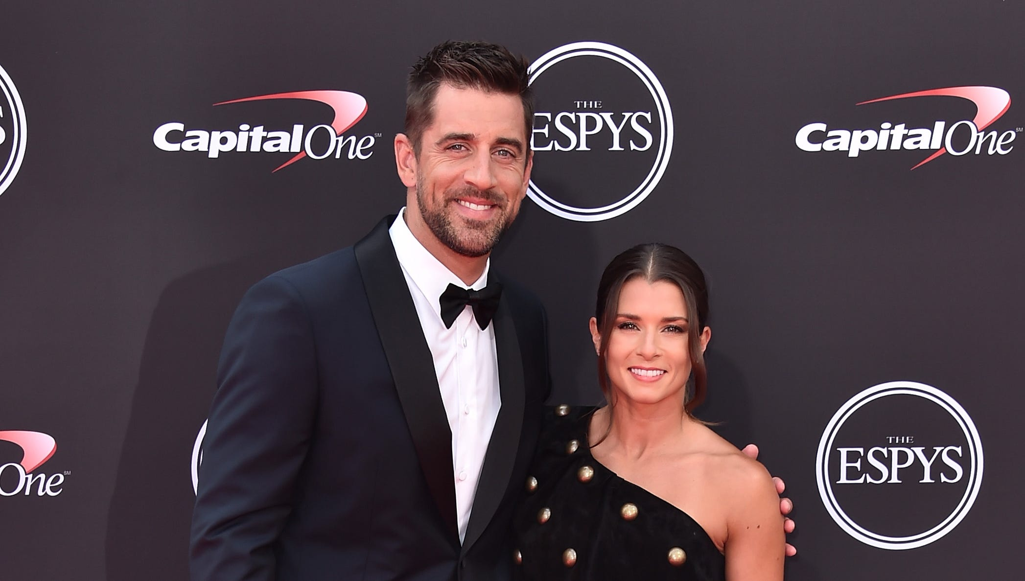 Aaron Rodgers channeled Jim Carrey in 'Dumb and Dumber' when he first met Danica Patrick