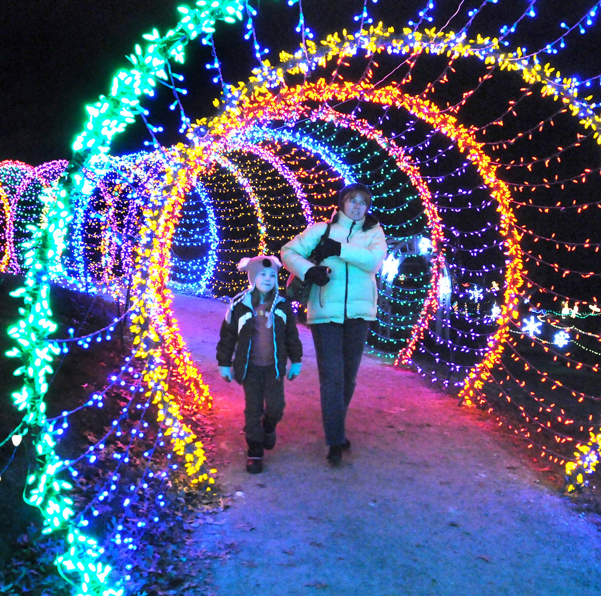 10 tips to make your visit to Garden of Lights merry and bright