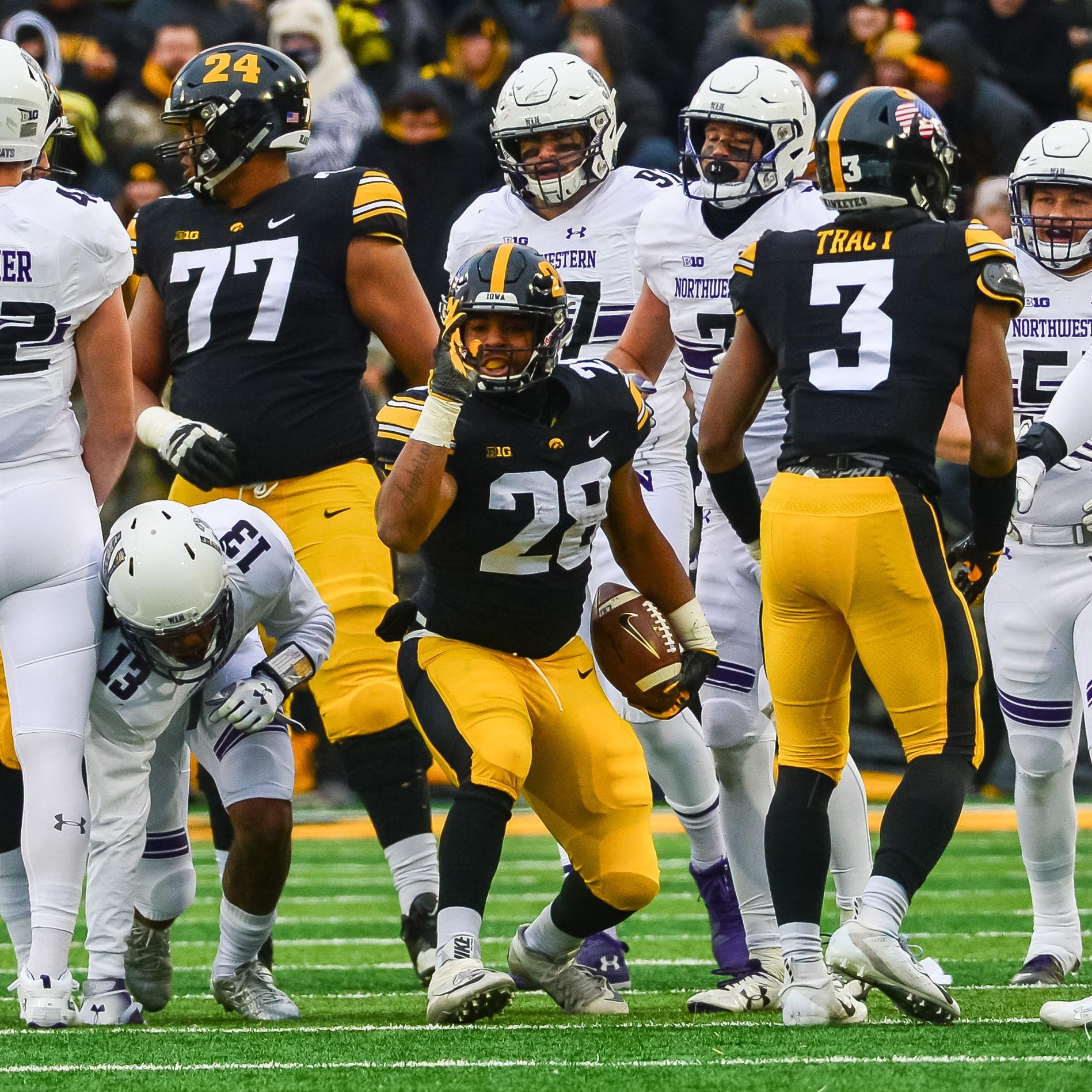 Leistikow's Week 12 Big Ten picks: Hawkeyes' run game needs more nastiness, Toren Young