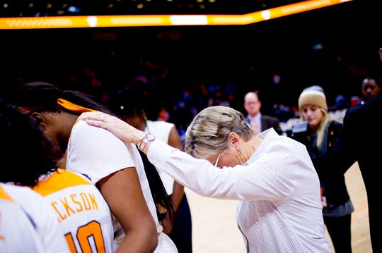 Tennessee Head Coach Holly Warlick huddles with the team during a game between Tennessee and UNC Asheville at Thompson-Boling Arena in Knoxville, Tennessee on Wednesday, November 14, 2018.
