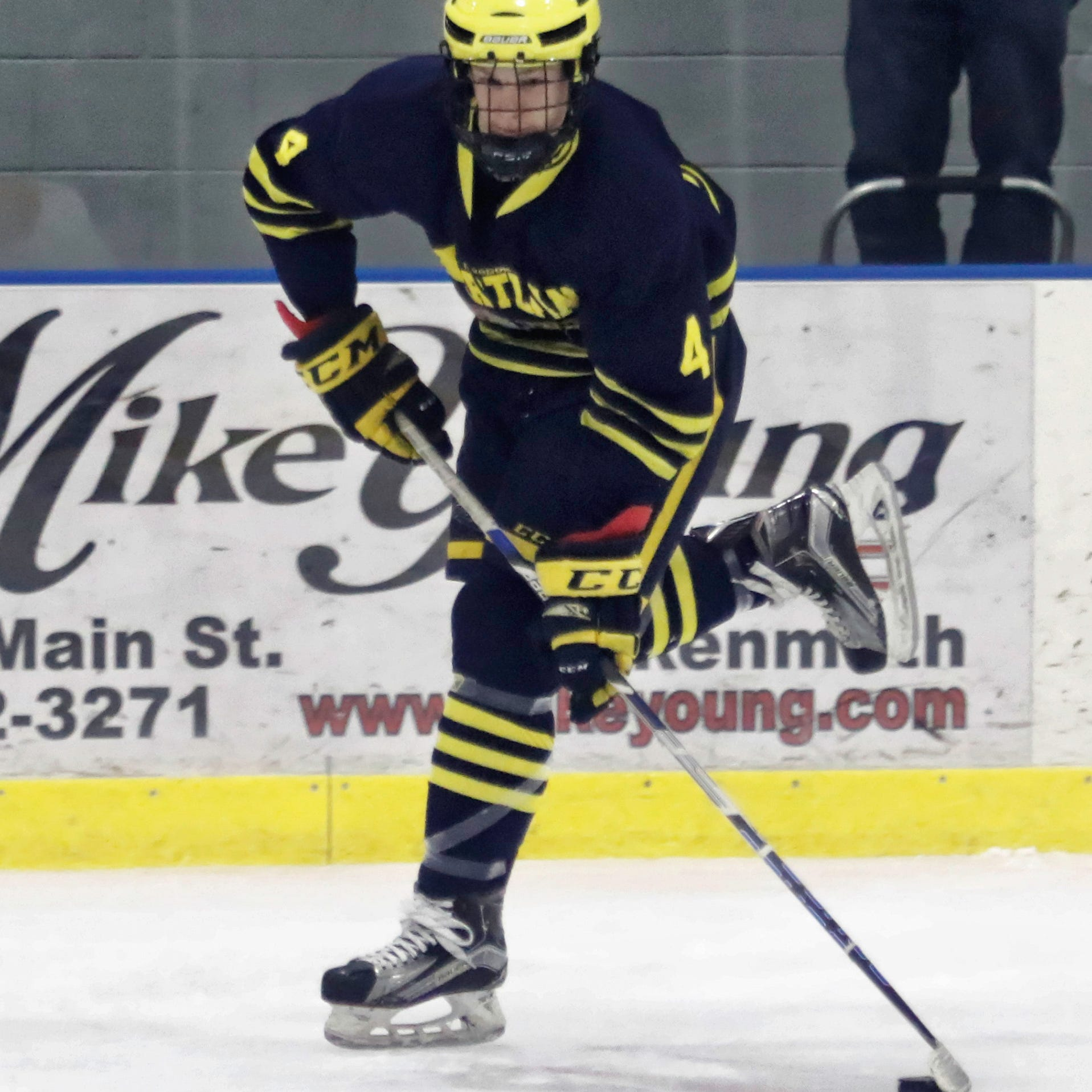 Unlikely scorers jump-start Hartland's hockey season