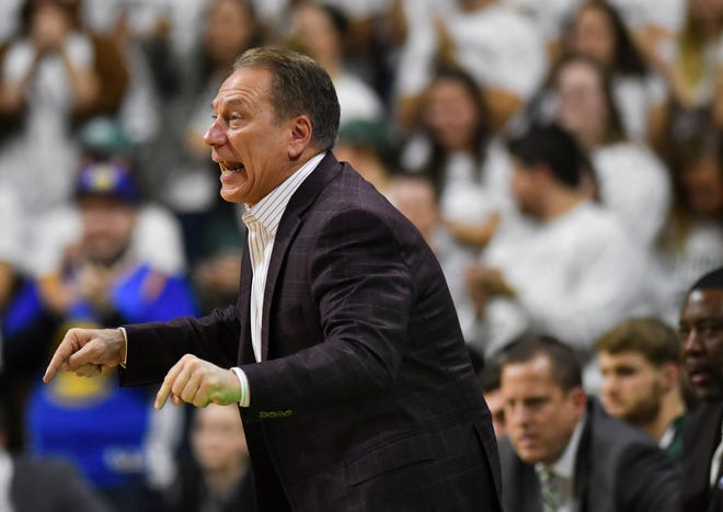 MSU basketball coach Tom Izzo coaches his Spartans against Louisiana-Monroe Wednesday, Nov. 14, 2018, at the Breslin Center.  MSU won 80-59.