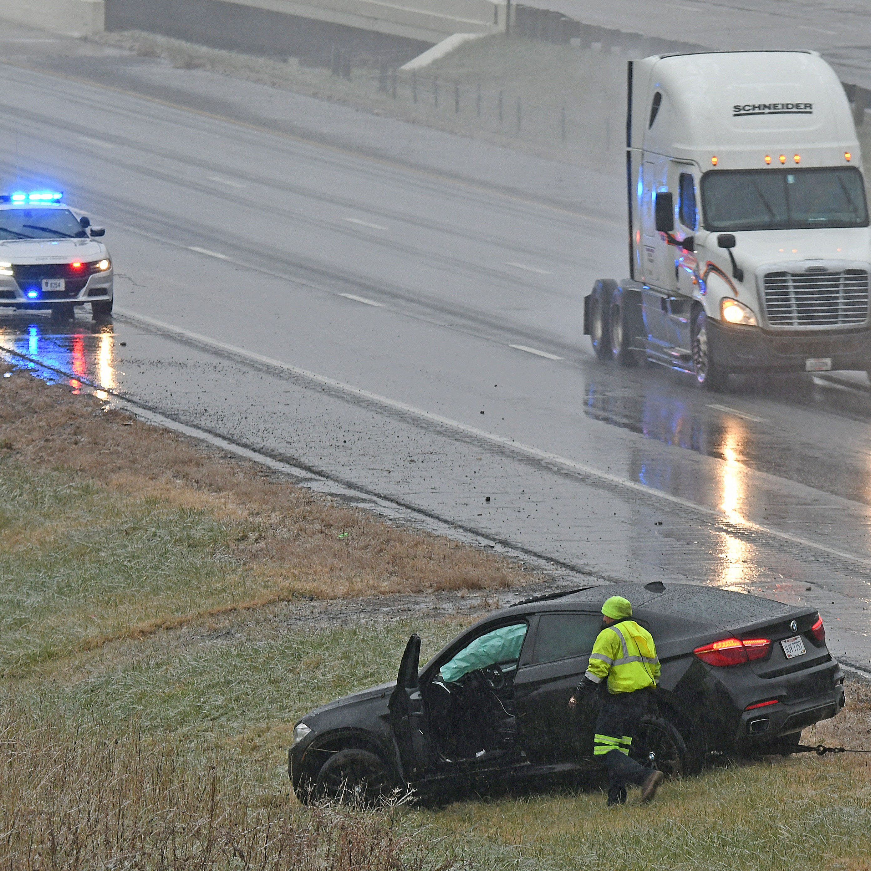 Freezing rain causes crashes and delays across Mansfield area