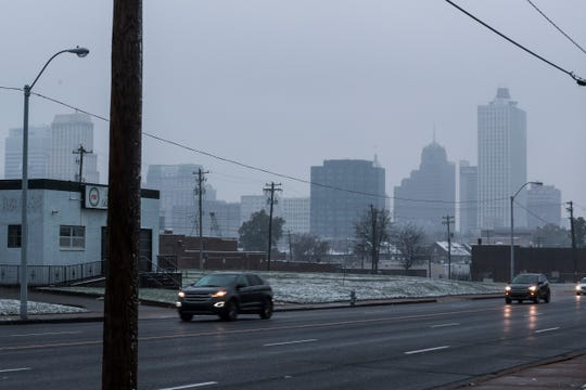 November 14 2018 - Downtown is seen from Poplar Avenue during Wednesday's winter weather. The National Weather Service issued a winter weather advisory for the Mid-South area from 6 a.m. Wednesday morning until noon on Thursday.