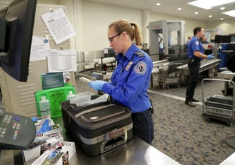 Prepare yourself this Thanksgiving with knowing what you can and can't bring with you through airport security.