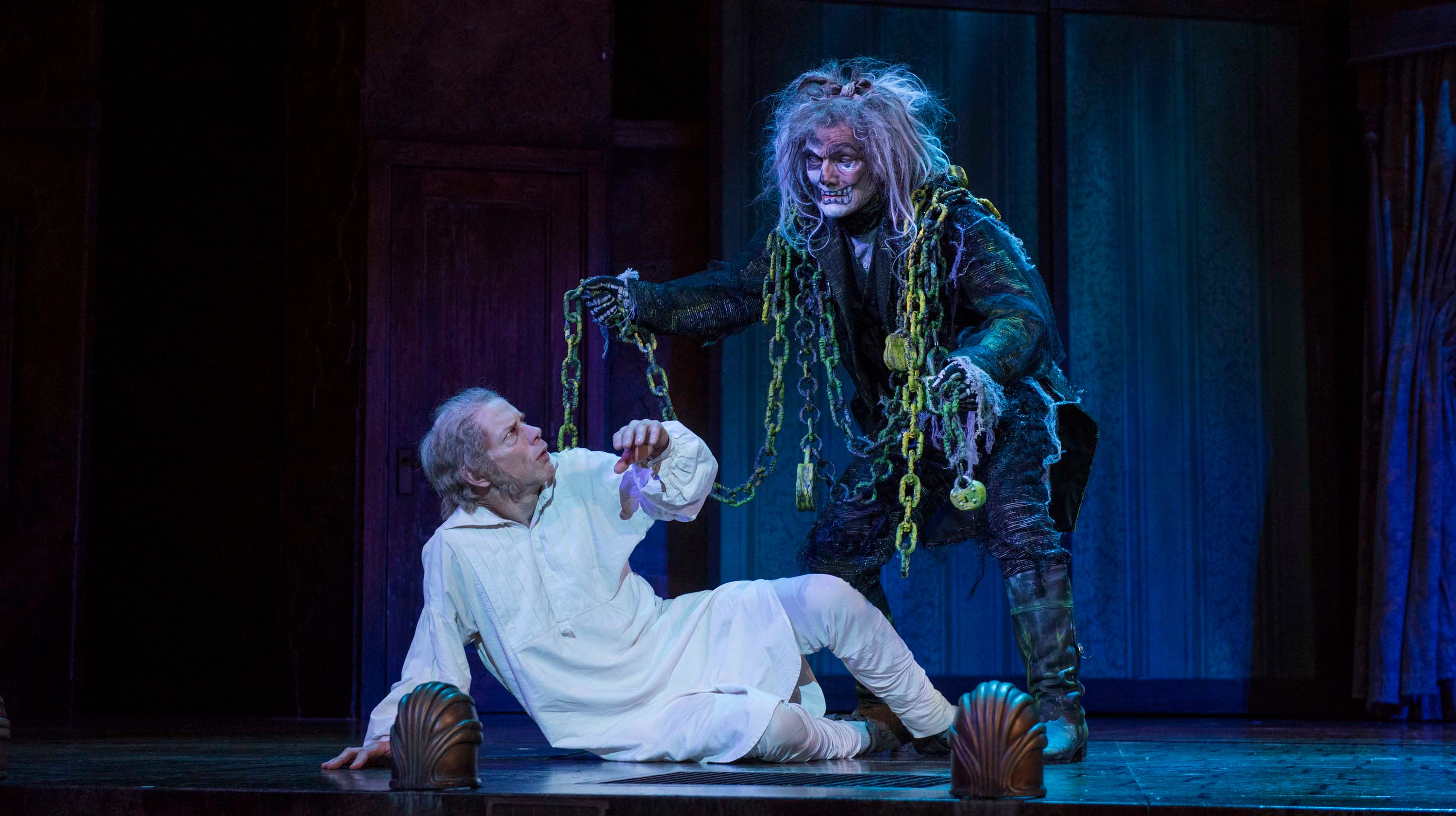 A Christmas Carol Milwaukee.In Milwaukee Rep S Christmas Carol Ghosts Soften Heart Of