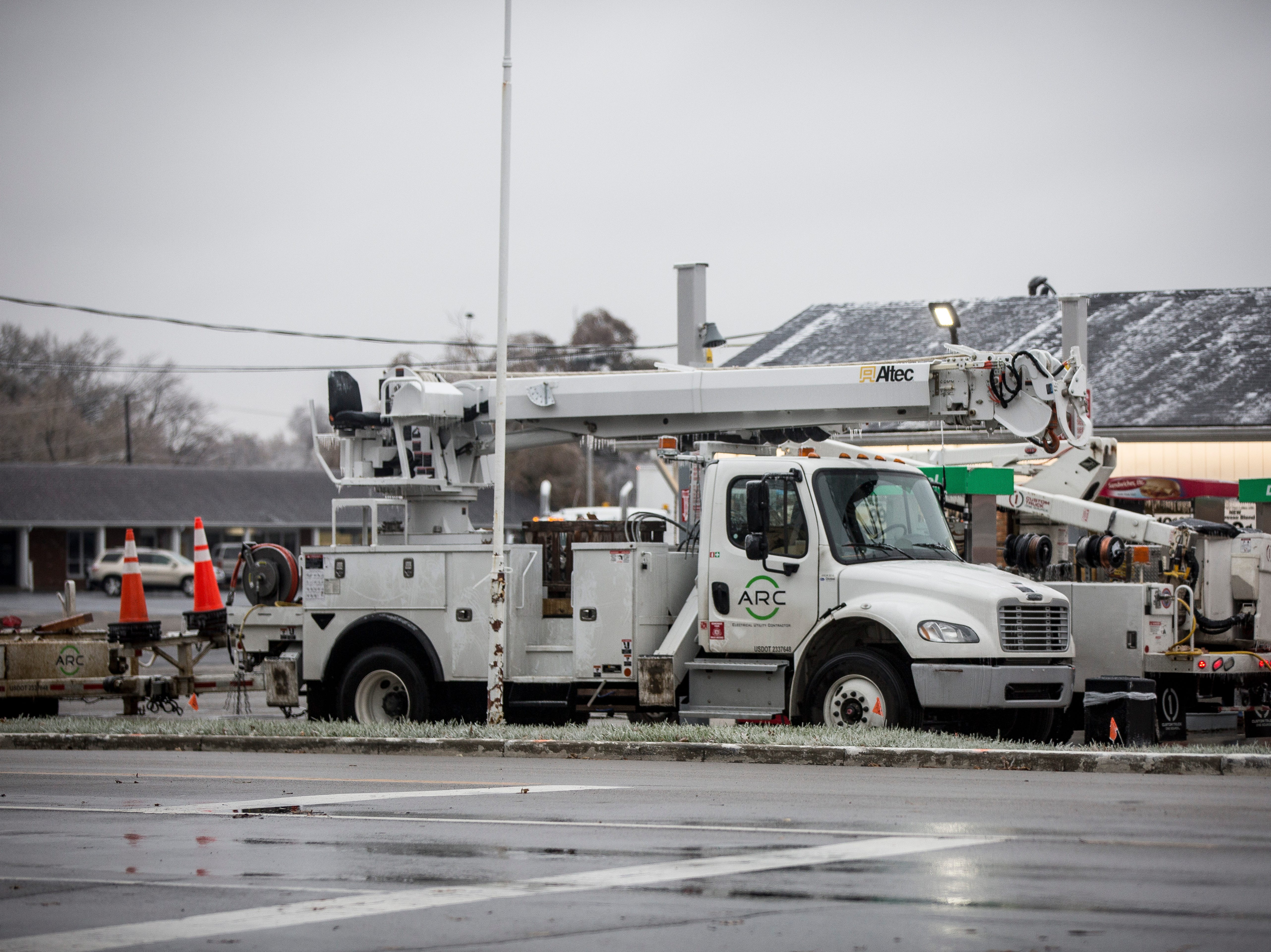 Ice from the overnight freezing rain caused limbs to crack and powerlines to sag, leaving over 5,000 people across Delaware County without power this morning. Traffic lights across the area were also down in addition to streets being closed in order to clear downed trees and limbs.