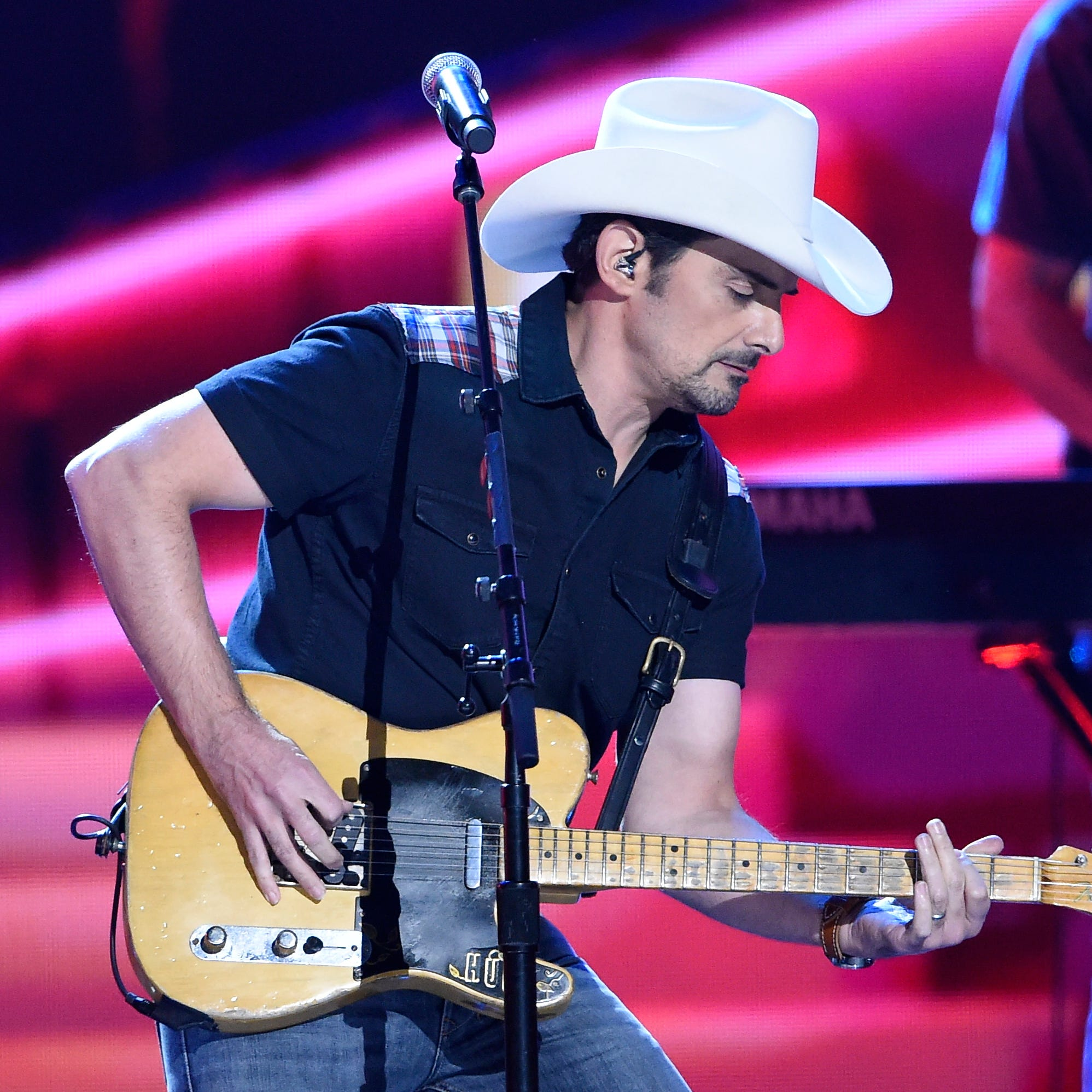 Brad Paisley releases new song 'My Miracle' for wife Kimberly Williams-Paisley