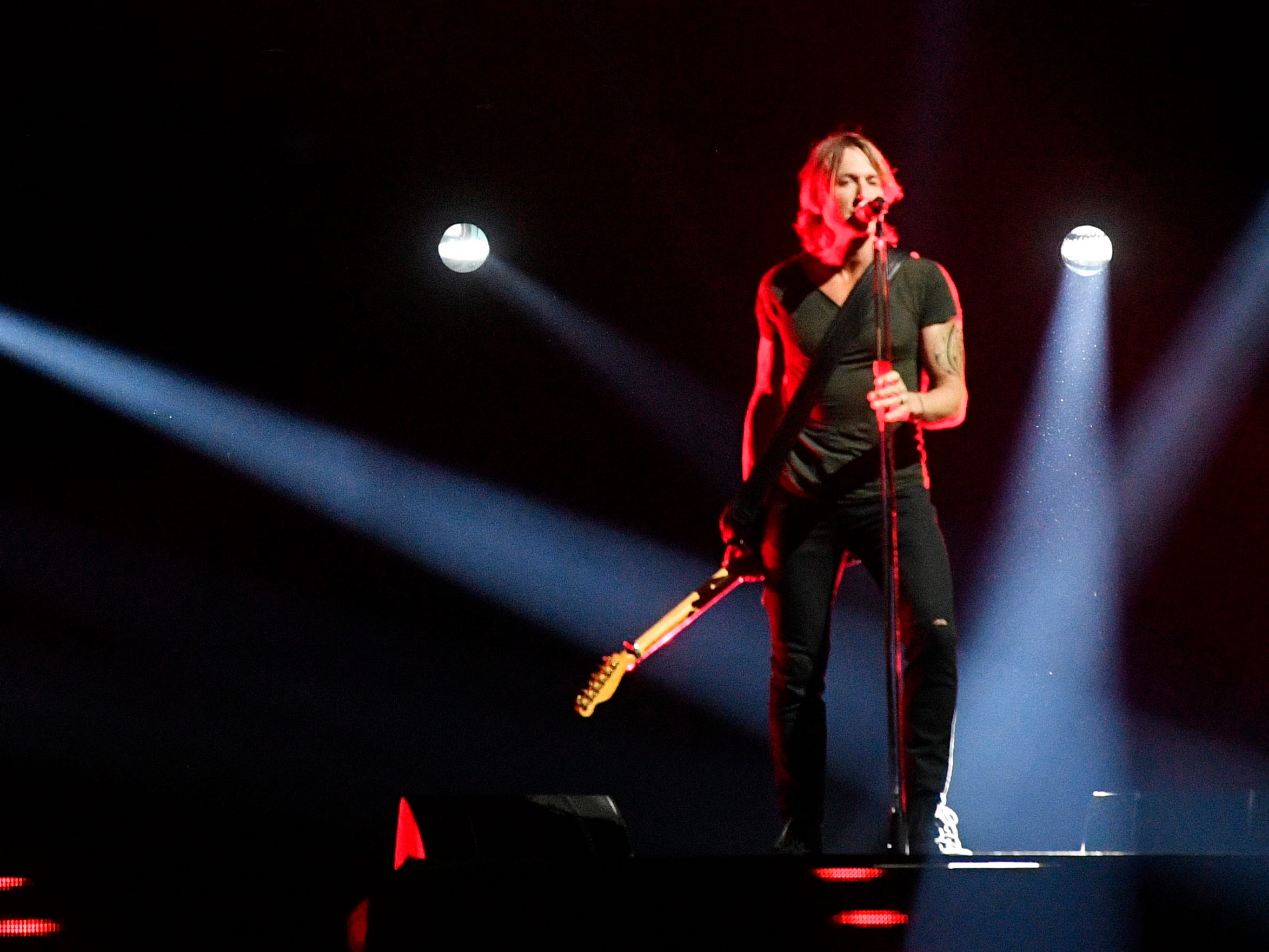Keith Urban to headline Stars for Second Harvest concert at Ryman Auditorium
