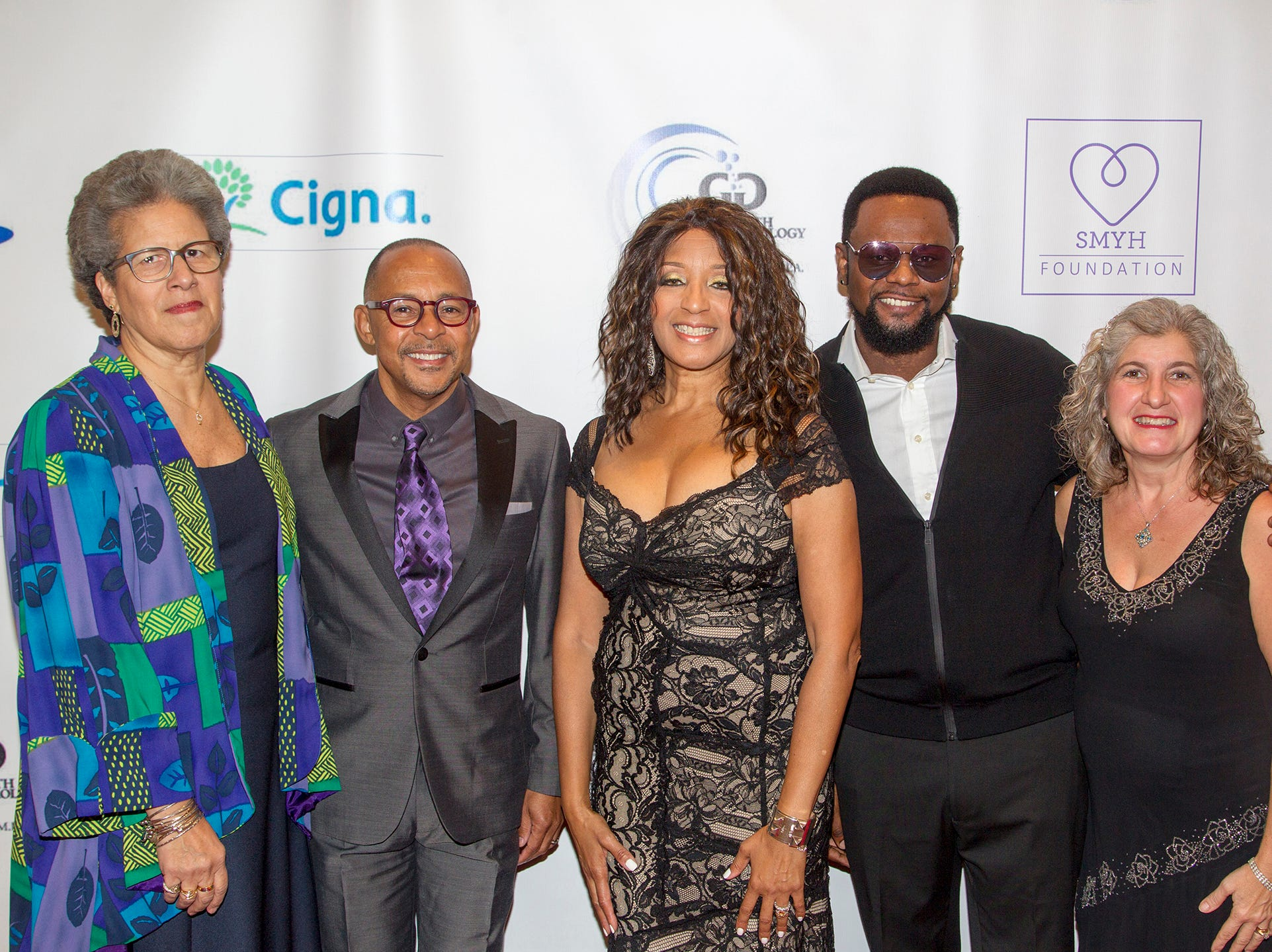 Evelyn Graves, Dr. Jeff Gardere, Dr. Sharon Banks-Williams, Entertainer Carl Thomas and Dr. Vasiliki Tsigas- Fotinis. Foundation holds 16th annual Scholarship Awards Gala in Teaneck. 11/09/2018