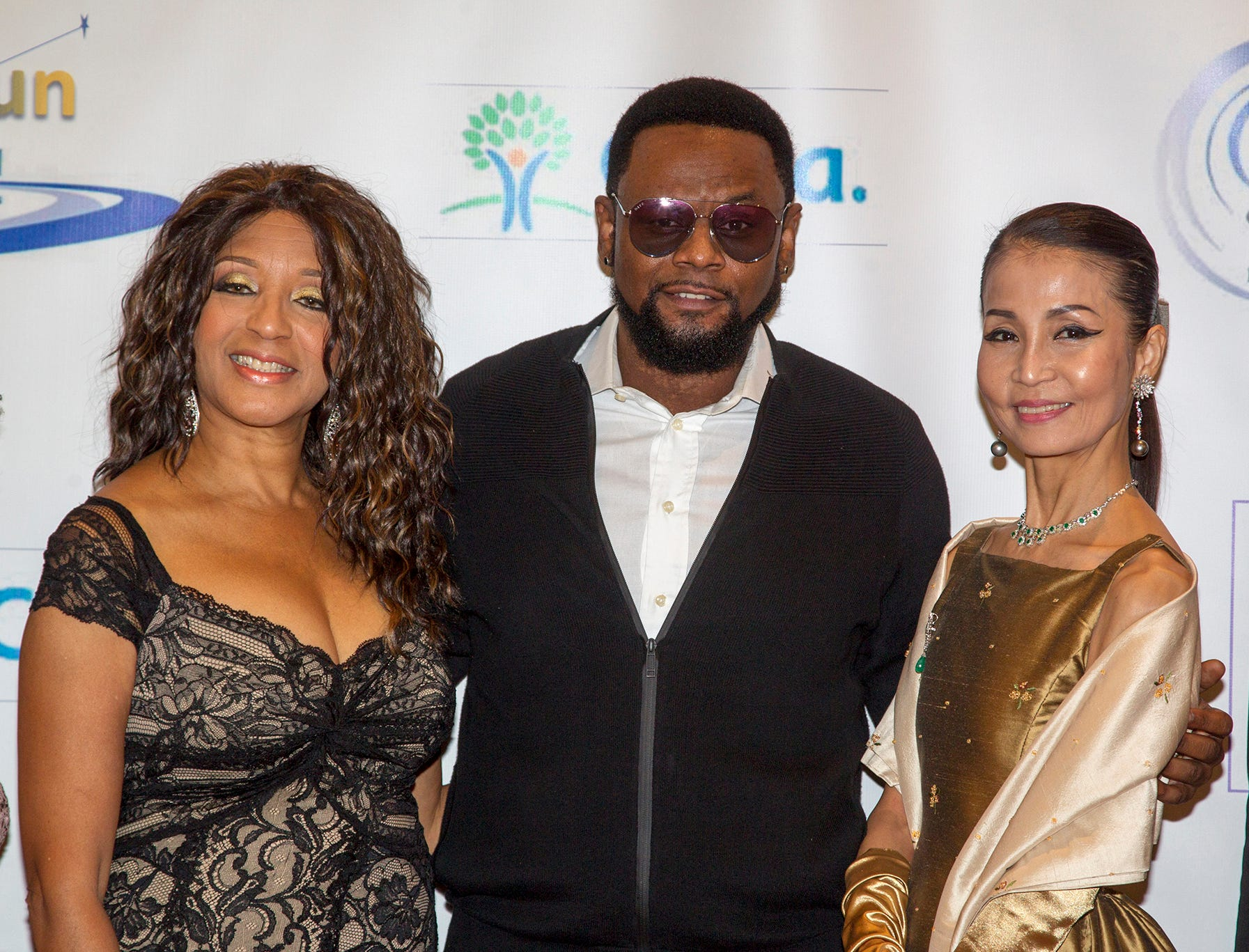 Dr. Sharon Banks-Williams, Carl Thomas, Heather Won Choi.  Jessie Banks Foundation holds 16th annual Scholarship Awards Gala in Teaneck. 11/09/2018