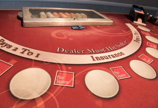 Players Golf & Poker Room also offers Blackjack.
