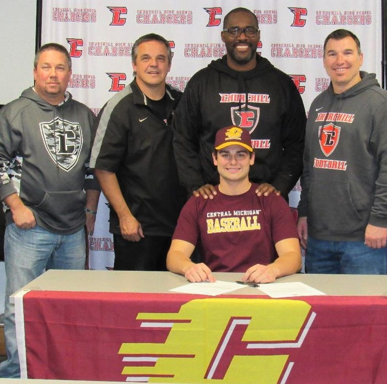 Central Michigan baseball wins out for Churchill quarterback Alsobrooks
