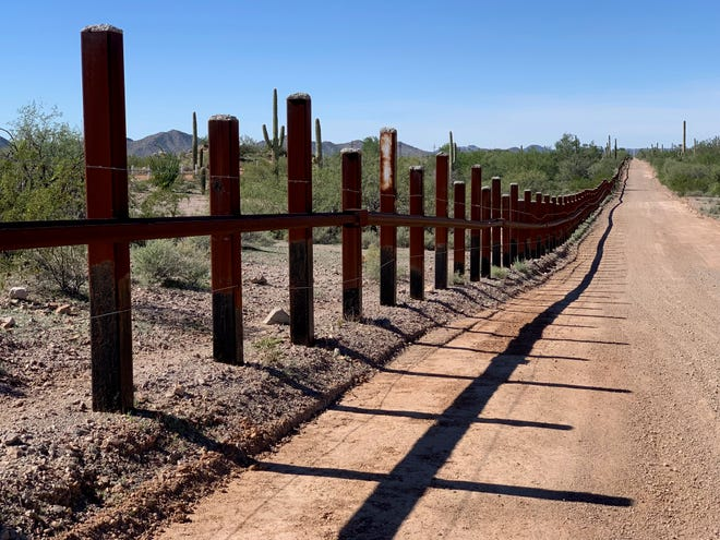 Vehicle barriers at the border near Lukeville have done little to stem the flow of large numbers of migrant families entering the country illegally through here and turning themselves in to agents, Nov. 15, 2018.