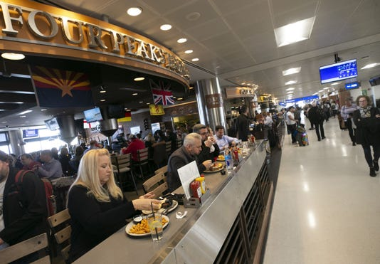 Sky Harbor's Terminal 4 restaurants