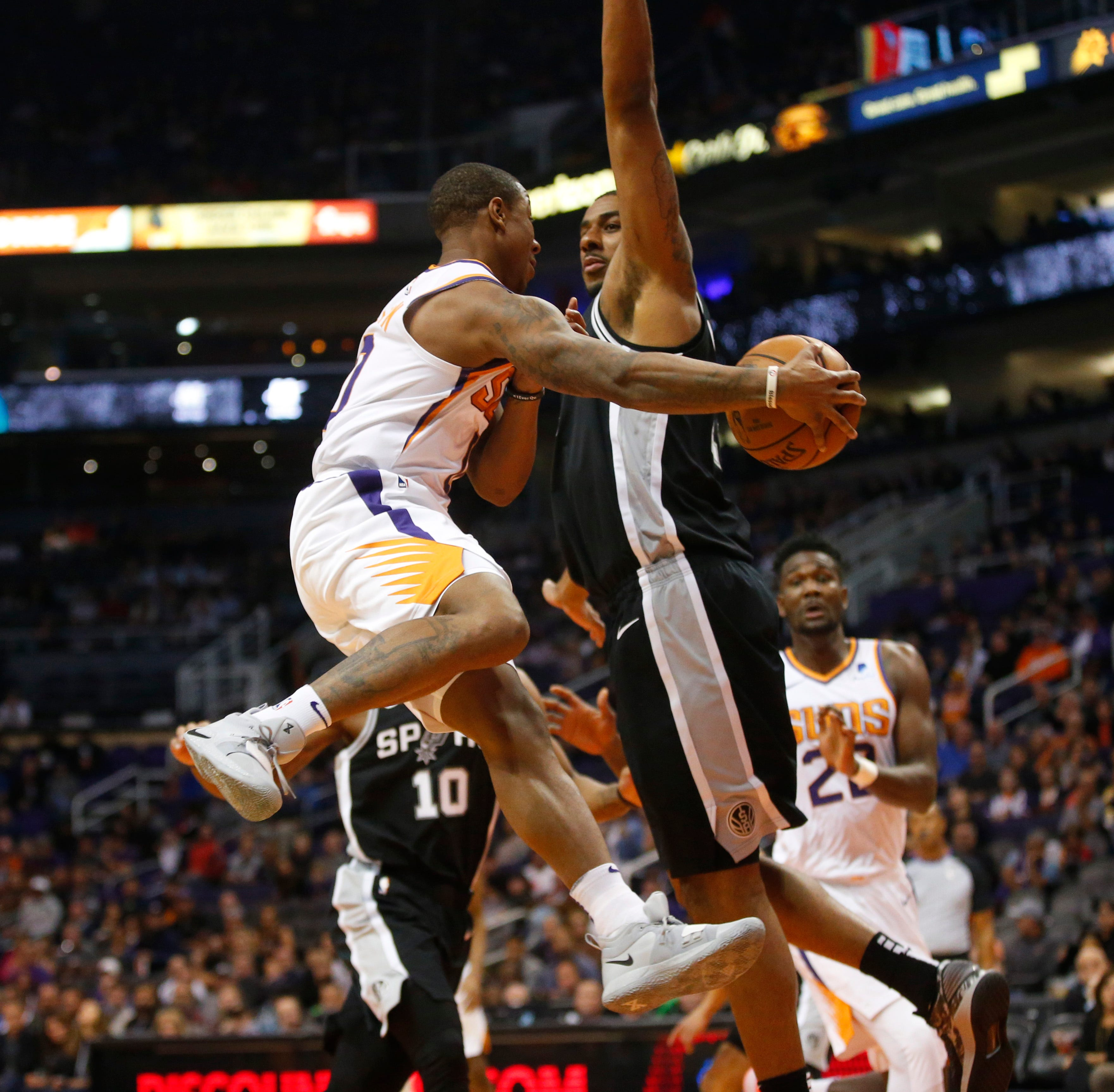 '50-point swing': Phoenix Suns avenge 30-point loss to San Antonio Spurs in 116-96 romp