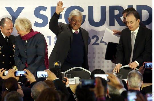 Andrés Manuel López Obrador presentó su Plan Nacional de Paz y Seguridad.